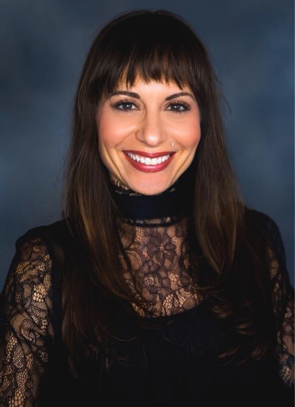Stephanie Vazquez - Beauty Schooled